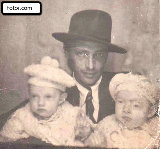 Fotor for restoring old photos